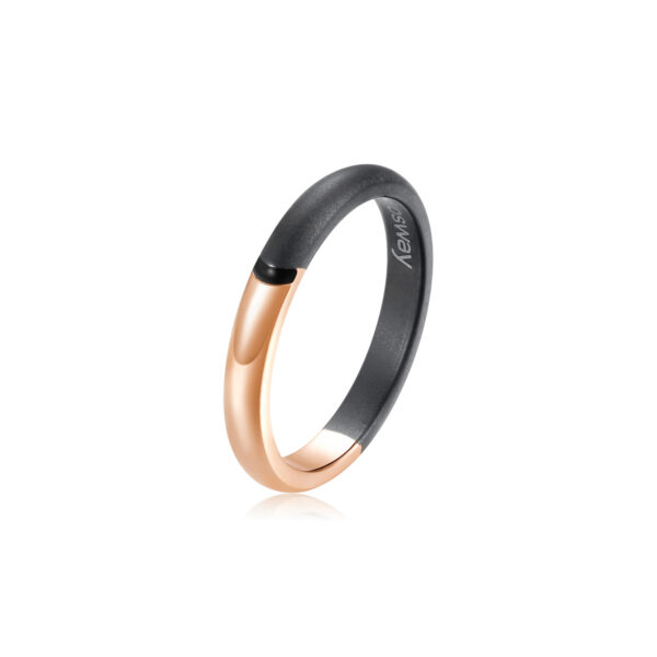 Slim ring in 316L stainless steel, rose gold pvd, finishes in gray gun stain pvd and enamelled details in deep black color.