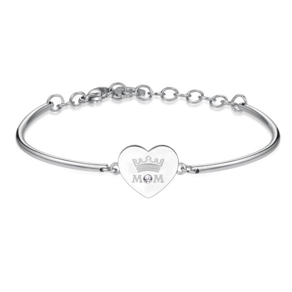 MOM: UNDERSTANDING, TENDERNESS, UNIQUENESSENGRAVINGS:Mom (front) - You are my Queen (back)The first, true, great, endless love is always and only for her—our Mom. An unbreakable bond. Pure, unconditional and eternal love.316L stainless steel with an engraving and Swarovski® crystal.