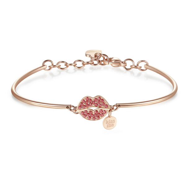 KISS: PASSION, INVOLVEMENT, FEELINGWhen you kiss someone you close your eyes because you know that in that moment all that matters is right there in front of you. A kiss and it's love from the start!316L stainless steel, rose gold PVD and Swarovski® crystals.