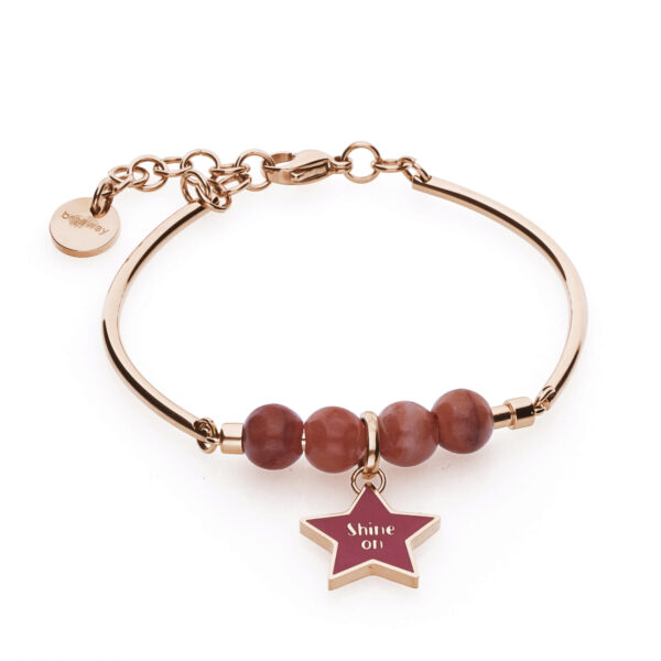 316L stainless steel and rose gold pvd bangle, with red aventurine and star-shaped beads with pink enamel.
