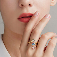 Discover the Affinity rings collections on brosway.us